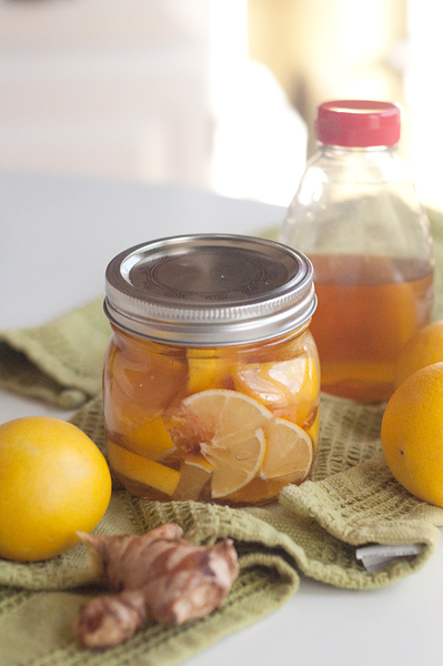 How To Make Lemon And Honey Drink For Colds